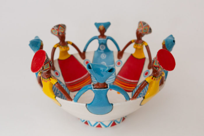 Handcrafted 8Lady Ceramic Women of Africa Ubuntu Bowl: Zulu & Xhosa